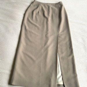 Gorgeous Holt Renfrew high slit/ pencil skirt size 26 waist